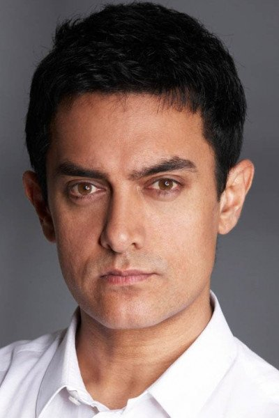 Амир Кхан
