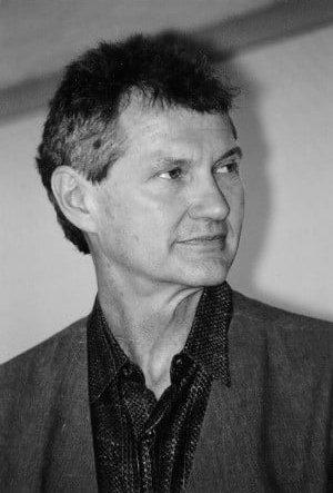 Эндрю Робинсон