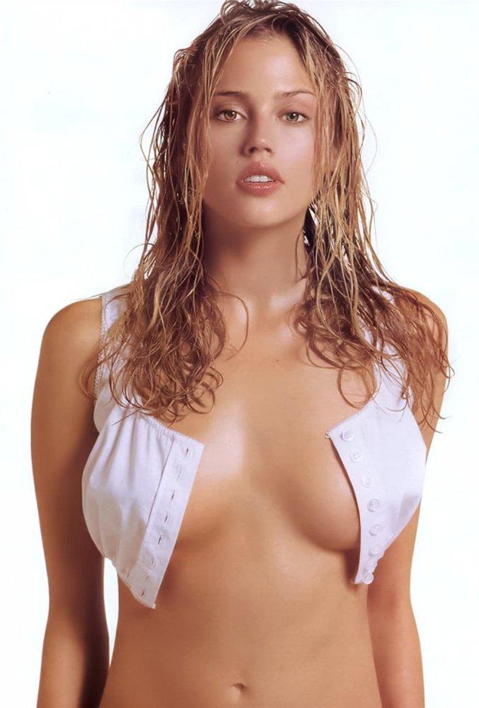 Estella warren hot nude photos, yoga pussy girls poses